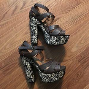 Strapped platform sandal
